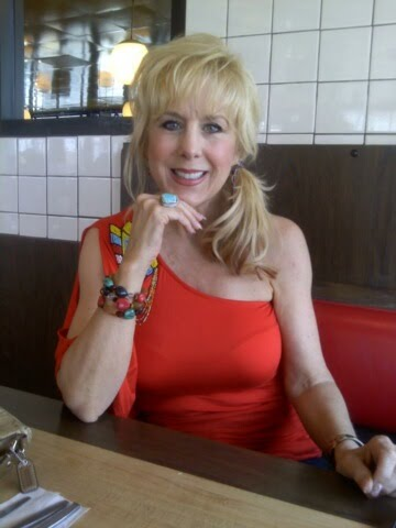 Hello Gorgeous Hair Extensions Shop 83